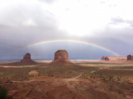 monumentvalleyrainbow